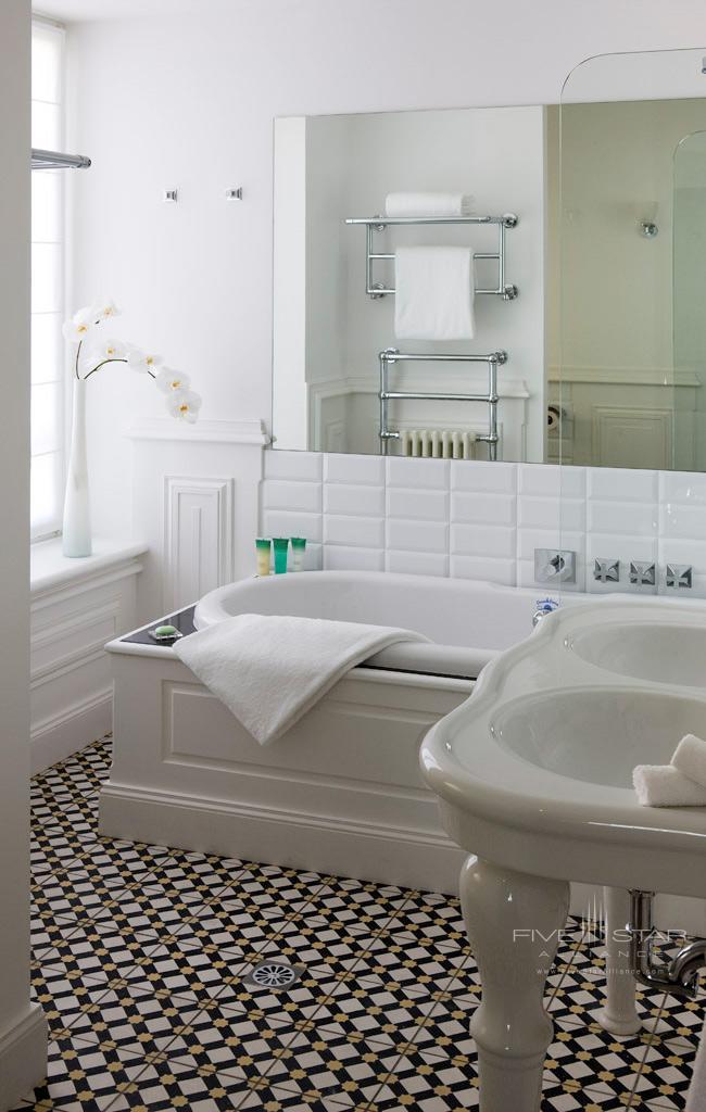 Castle Executive Room Bathroom at Hotel Chateau Grand Barrail Saint EmilionFrance