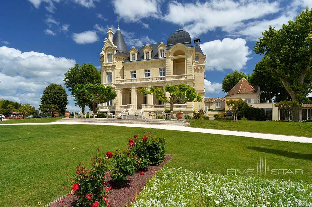 Garden View at Hotel Chateau Grand Barrail Saint EmilionFrance