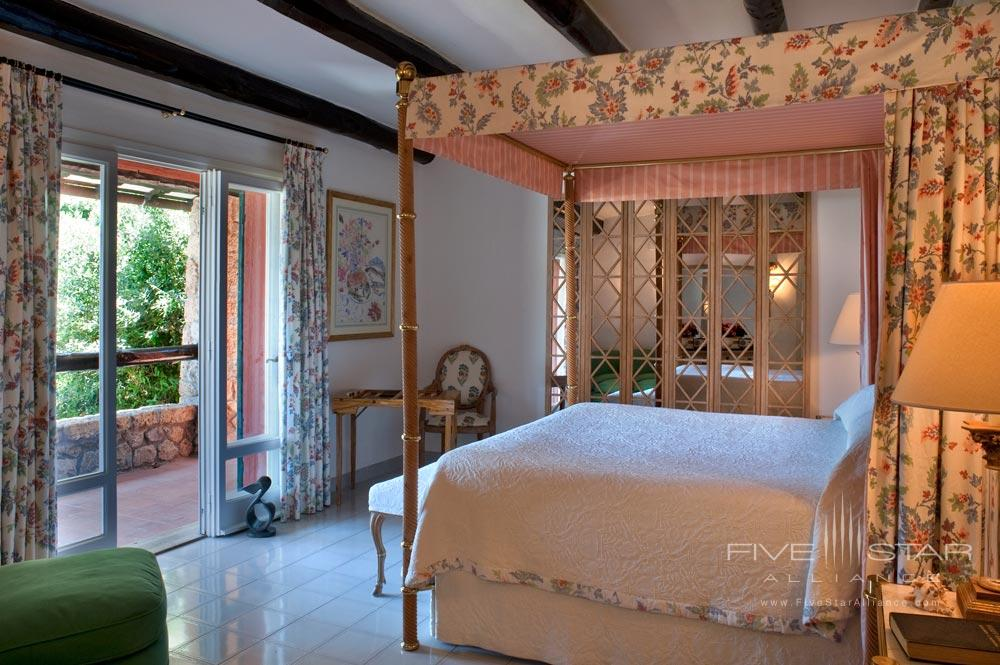 Master Suite Guestroom at ll PellicanoItaly