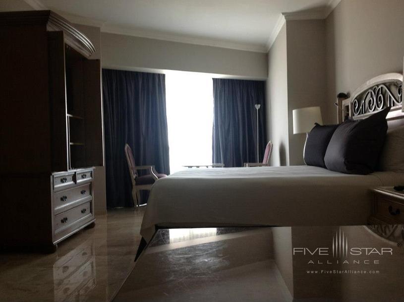Sandos Cancun Luxury Experience Resort Guest Room