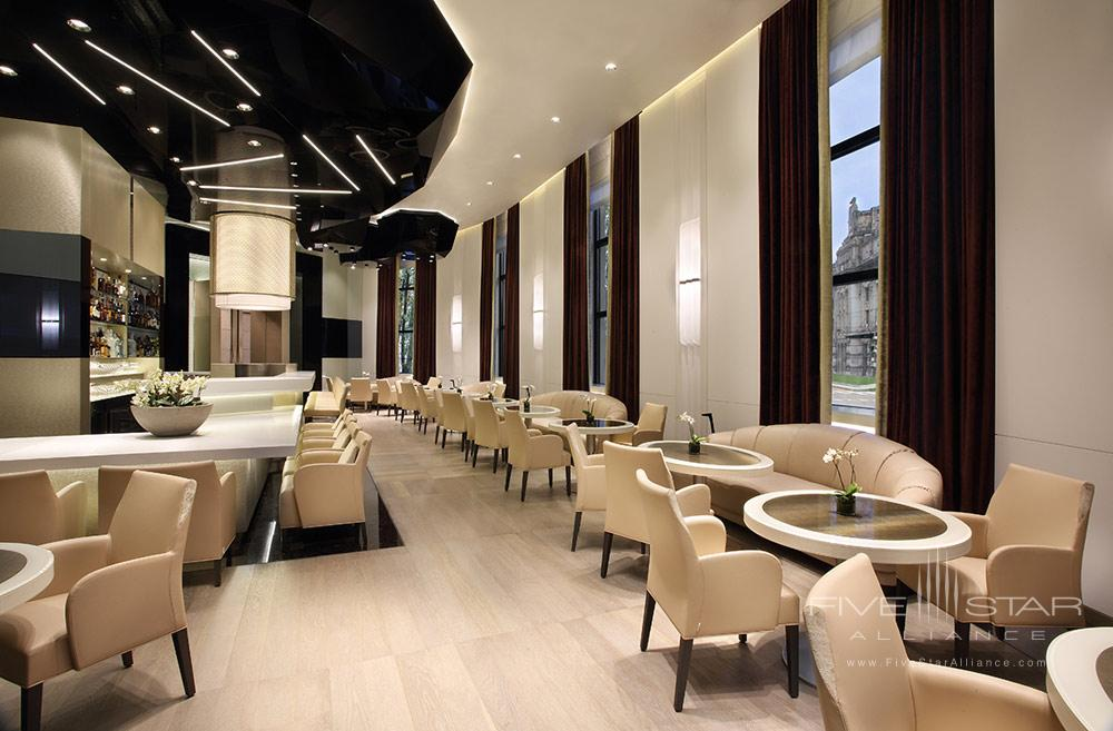 Lounge and Bar at Excelsior Hotel Gallia