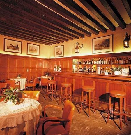 The Bar Launge