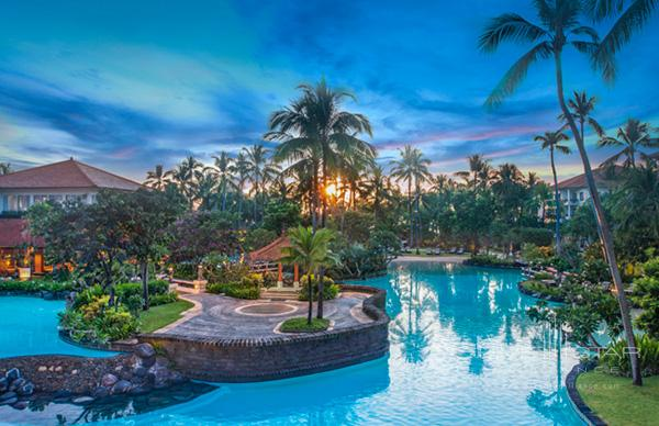 The Laguna Resort Pool