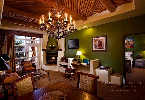 JW Marriott Camelback Inn Resort And Spa One Bedroom Suite Living Room