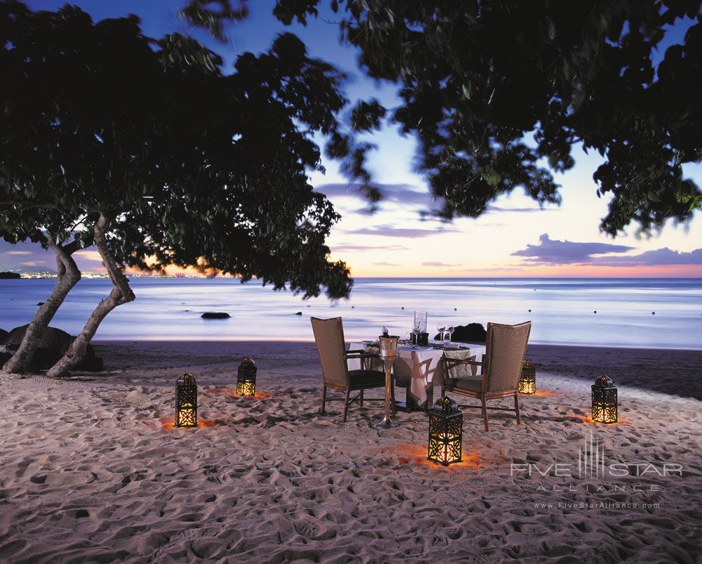 Private Beach Dining at The Oberoi Mauritius
