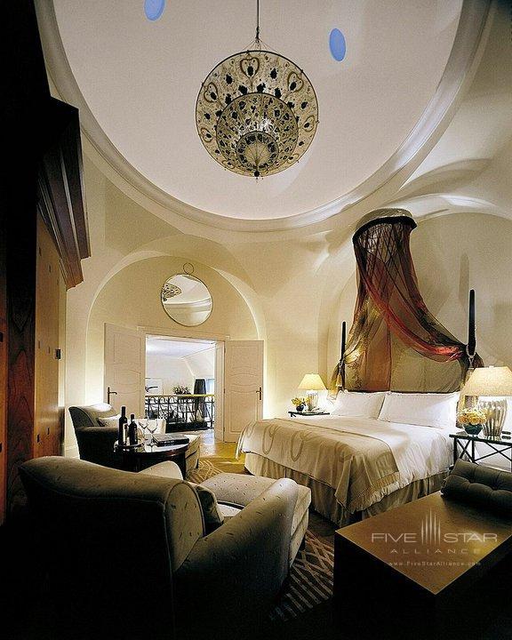 Four Seasons Gresham Palace Tower Suite