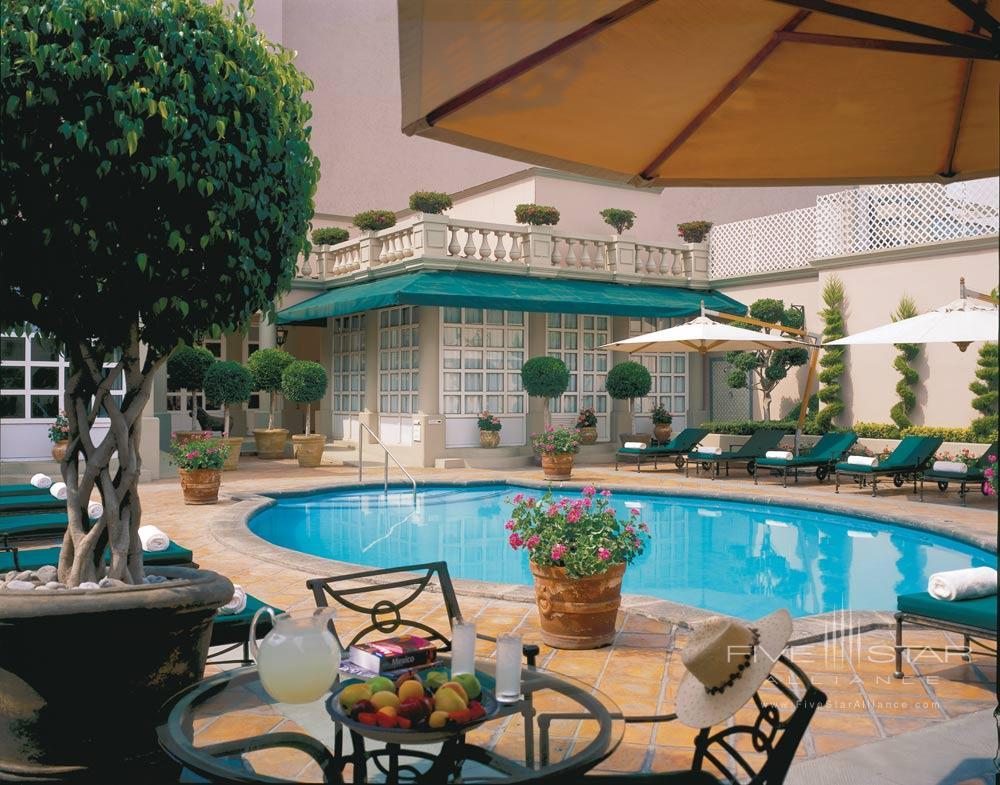 Pool at Four Seasons Mexico City