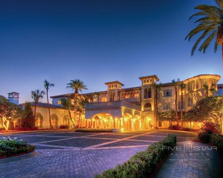 The Cloister at Sea Island Front Entrance