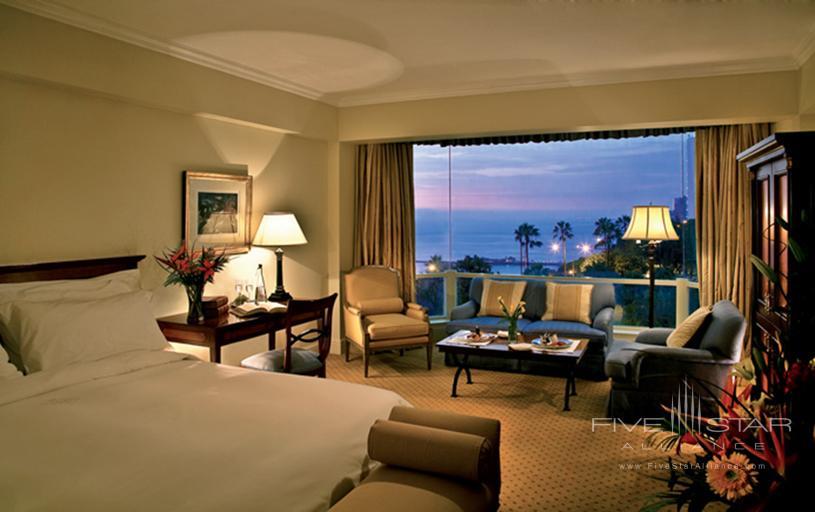 Miraflores Park Hotel Deluxe Suite