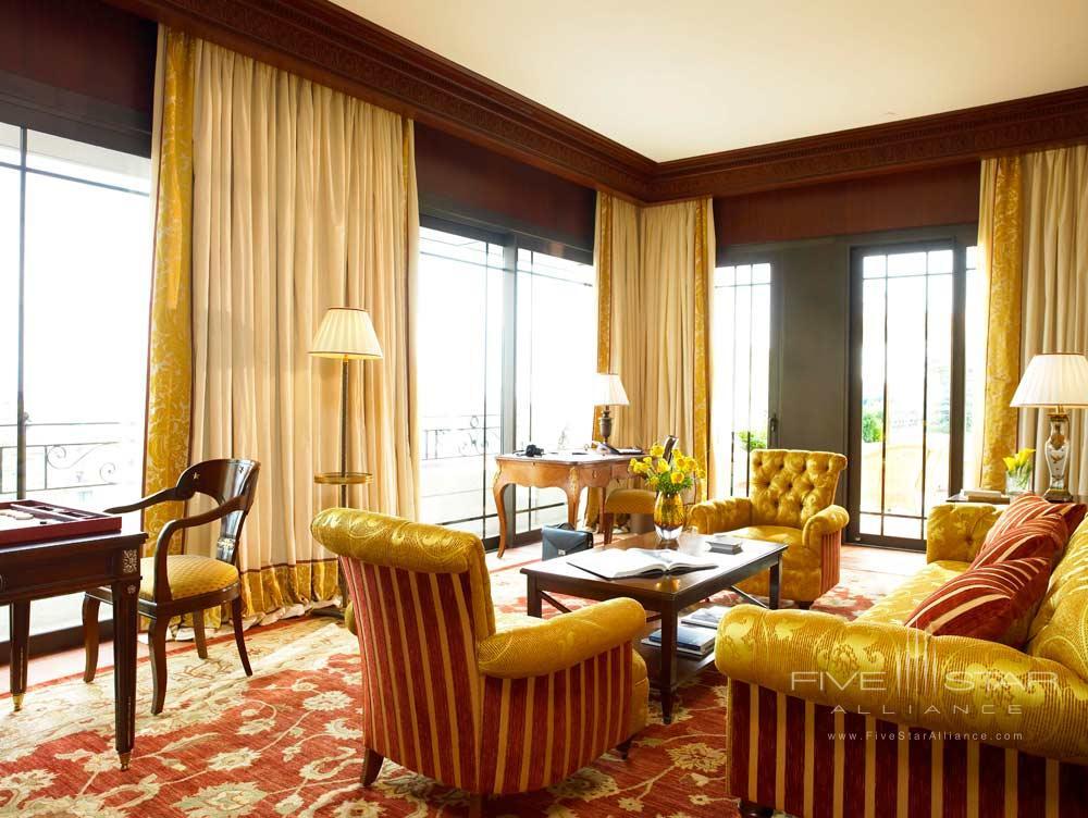 Salon Suite Carre Dor at Hotel Metropole
