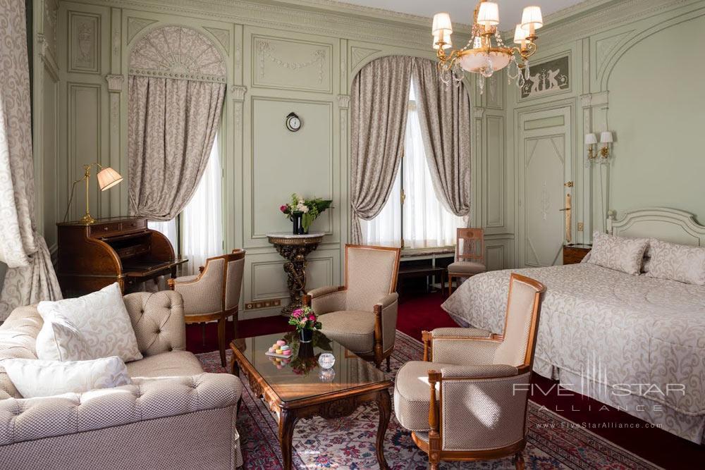 Deluxe Room at Raphael Paris