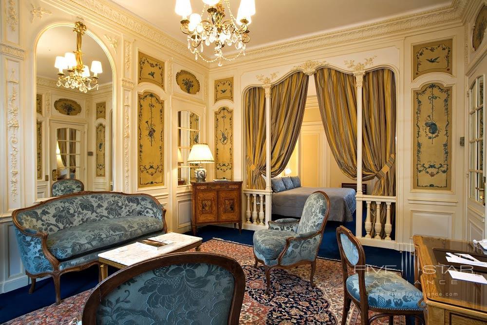 JR Suite at Raphael Paris
