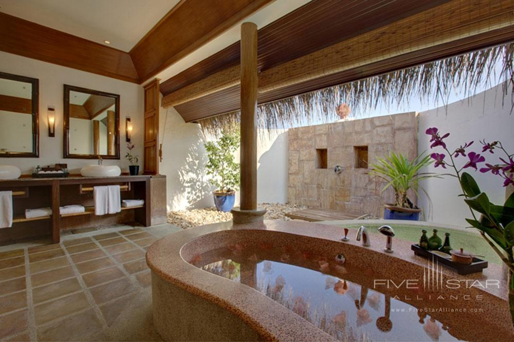 Suite Bath at Kanuhura MaleMaldives