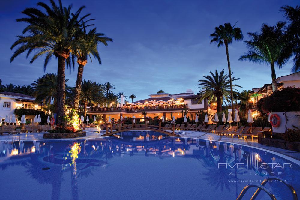 Pool at Seaside Grand Hotel Residencia