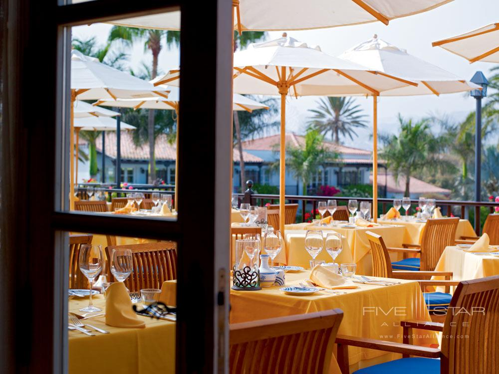 Outside Dining at Seaside Grand Hotel Residencia