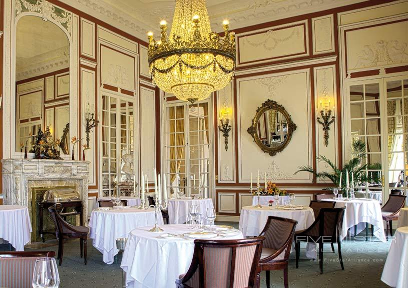 Inside Dining at Hotel Du Palais