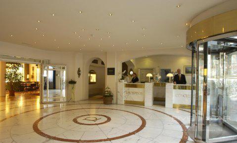 Grand Regina Alpin Wellfit Hotel Lobby