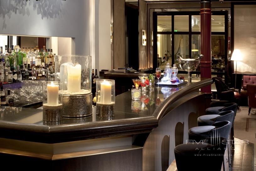 Hotel Villa Magna Bar