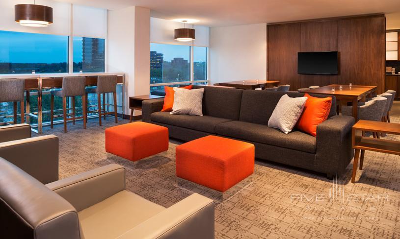 Le Meridien Atlanta Perimeter Club Lounge
