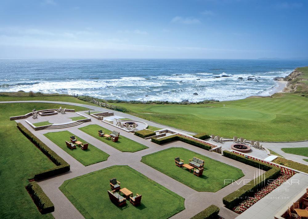 Lounge at Ritz Carlton Half Moon Bay