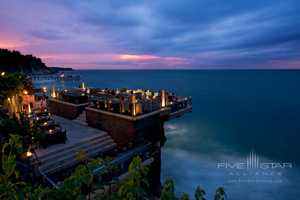 Located on natural rocks 14 meters above the Indian Ocean at the base of AYANA Resort and Spa Balis towering cliffsthis innovative open-top Bali bar is the island smost glam sunset and after-dark destination