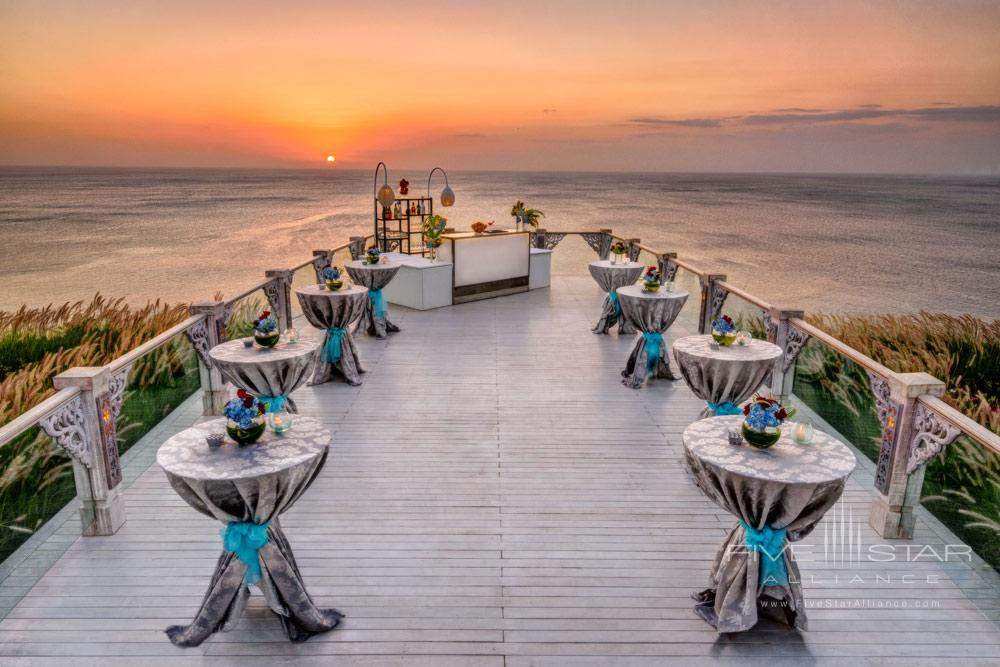 Destination weddings just got better with the opening of SKY, a breathtaking new cliff-top open-air wedding venue at AYANA Resort and Spa. Floating 115 feet above the Indian OceanSKY offers spectacular 180-degree oceansunset and mountain viewsand maximum privacy for this most romantic of days