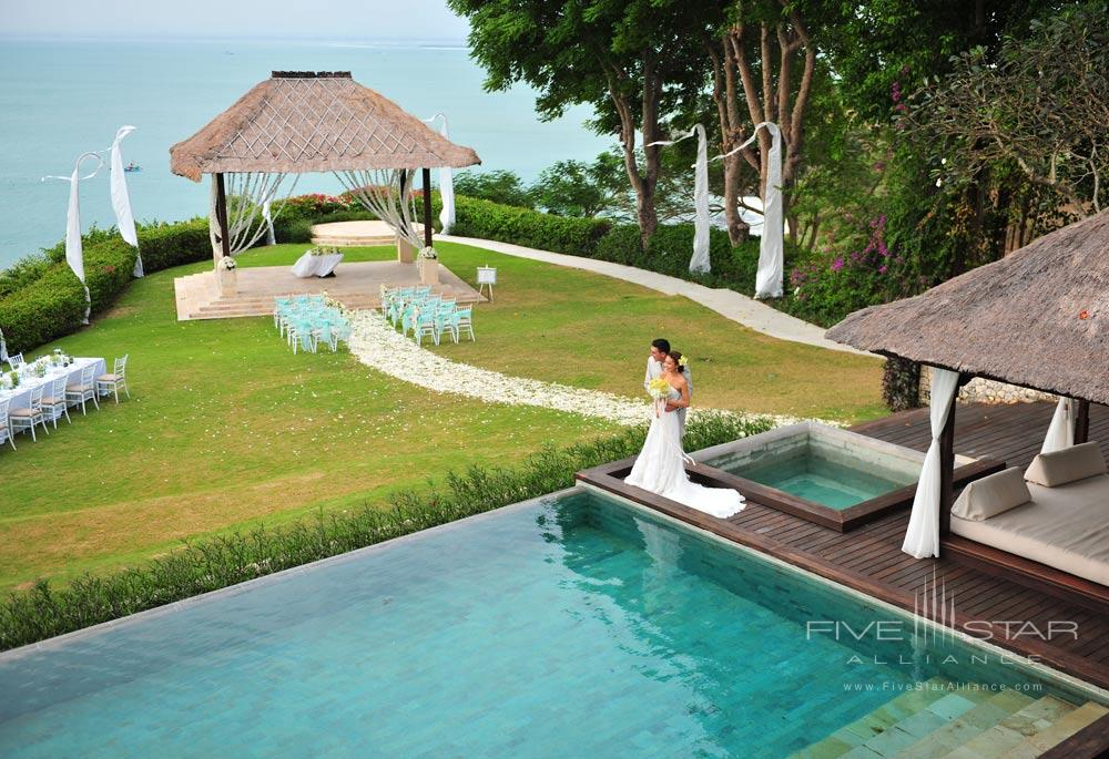 AYANA Wedding VillaThis3000 square meter villa offers one lavishbreath-taking location for the ceremonyreception and any recovery events on the following day. Complete with a cliff-edge Wedding Gazebothis is Bali s most sought-after wedding venuecombining all the magic of a tropical marriage celebration with the style and comfort of this secluded villa property