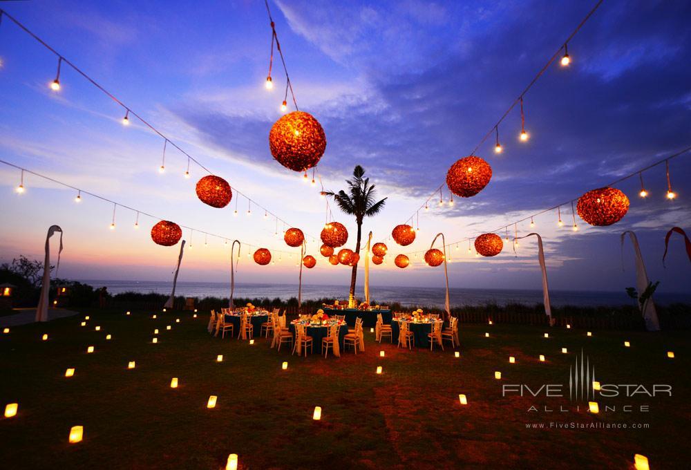Candra Surya Dining at AYANA Resort and Spa, Bali