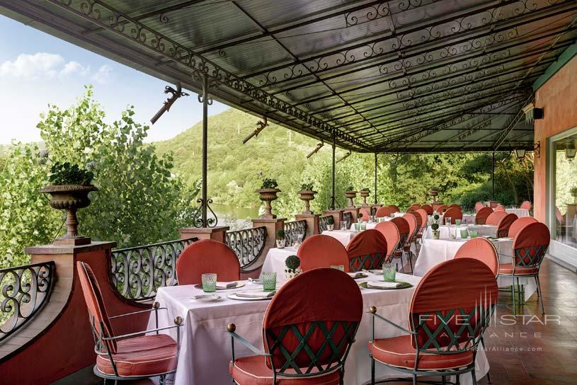 Dining at Villa La Massa