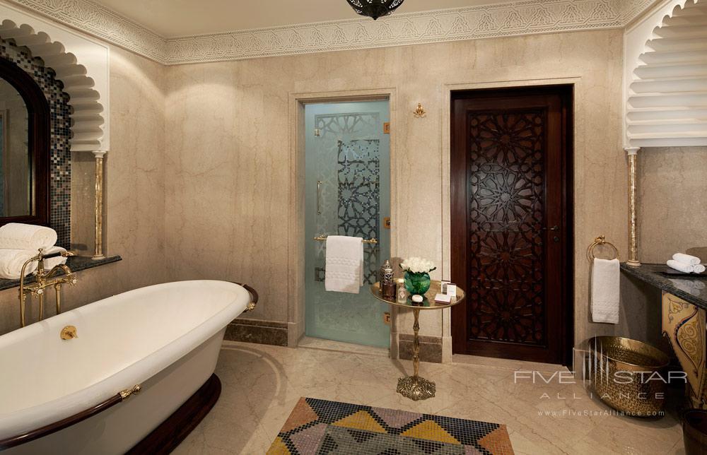 Superior Junior Suite Bath at Al Qasr at Madinat Jumeirah Dubai