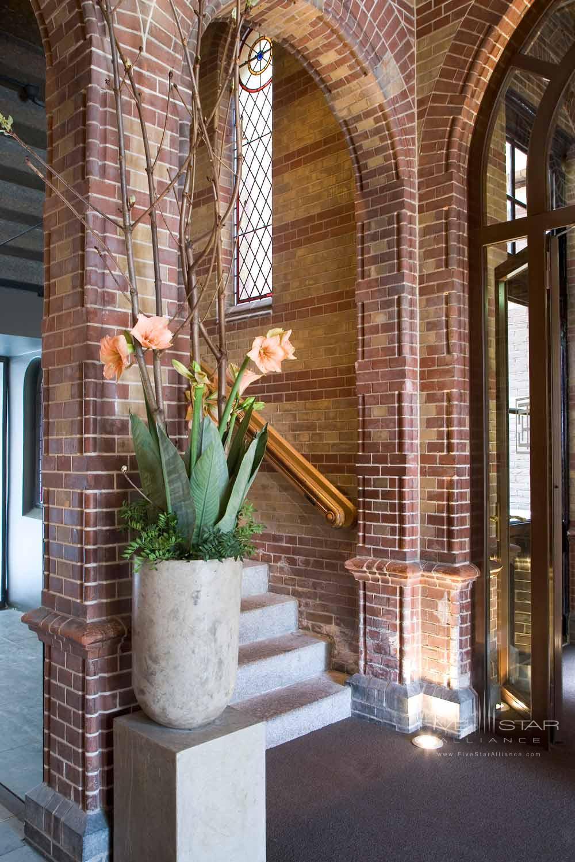 The Courtyard Hotel LobbyAmsterdam