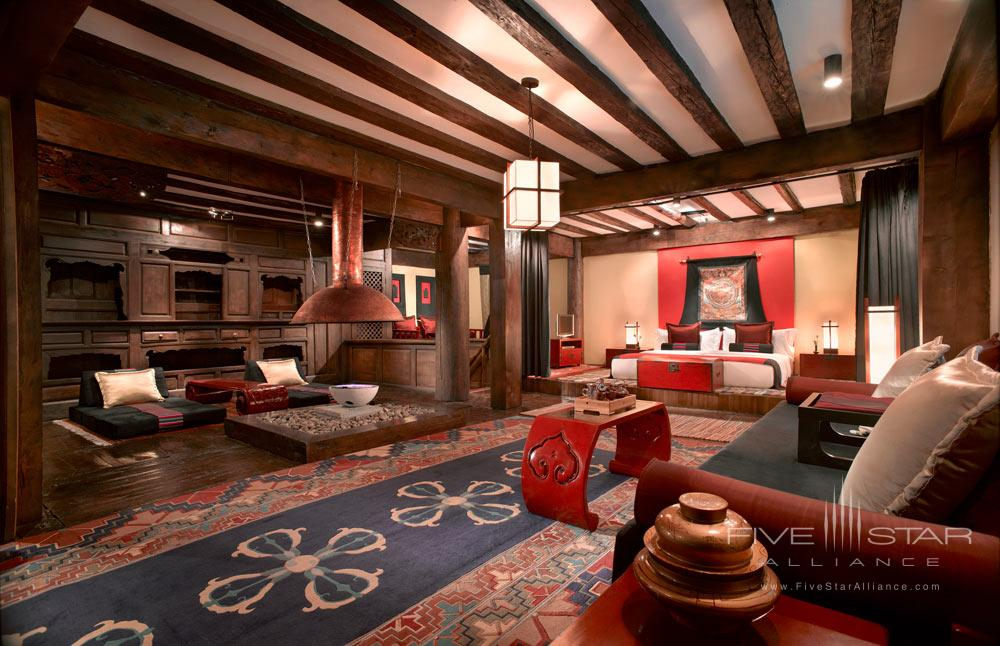 Tibetan Lodge Living Room at Banyan Tree Ringha