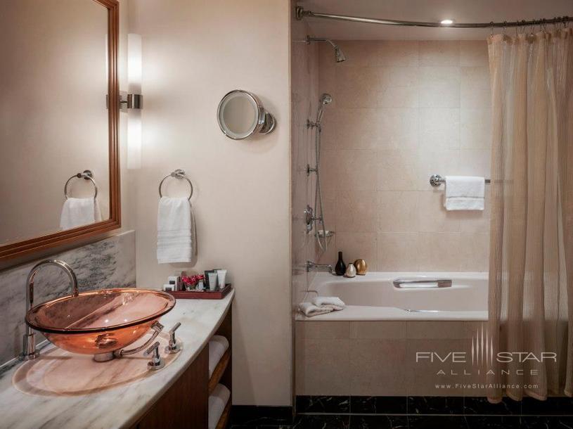 JW Marriott Essex House New York Bathroom
