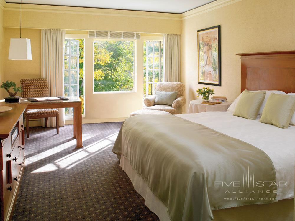 Deluxe Guest Room at Canyon Ranch Lenox