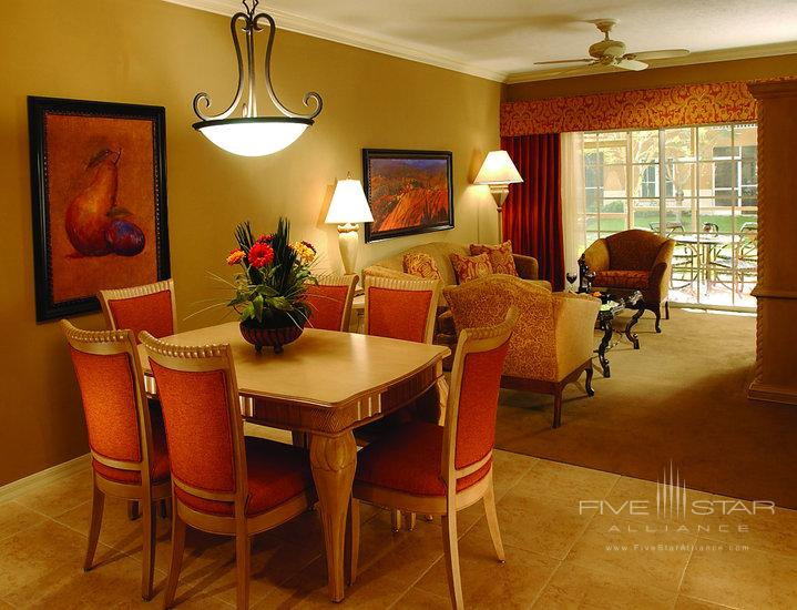 Bellesera Hotel Guest Room Living Room