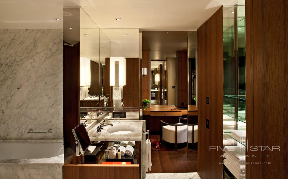 Park Suite Bath at Ararat Park Hyatt Moscow, Moscow, Russia