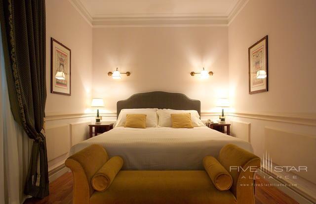 The Duke Hotel Rome Guest Room