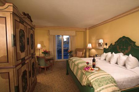 Portofino Bay Hotel at Universal Orlando, a Loews Hotel