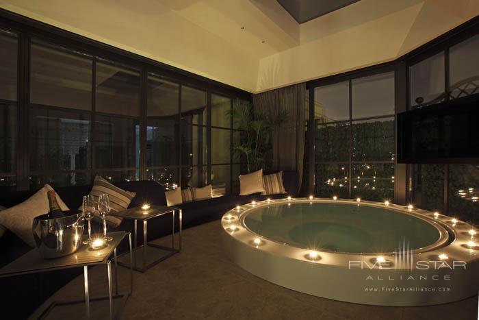Regina Hotel Baglioni Roman Penthouse Jacuzzi at Night