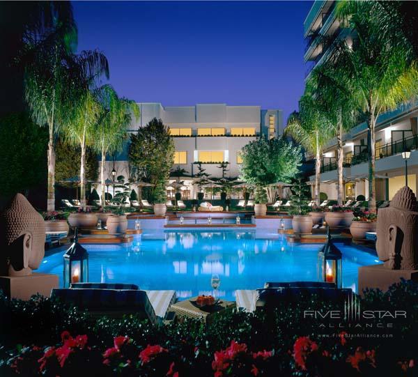 Alva Park Resort and Spa Pool