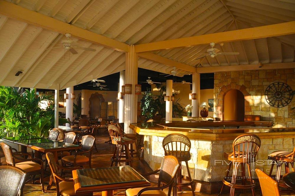 Dining and Bar at St. James Club and VillasAntigua