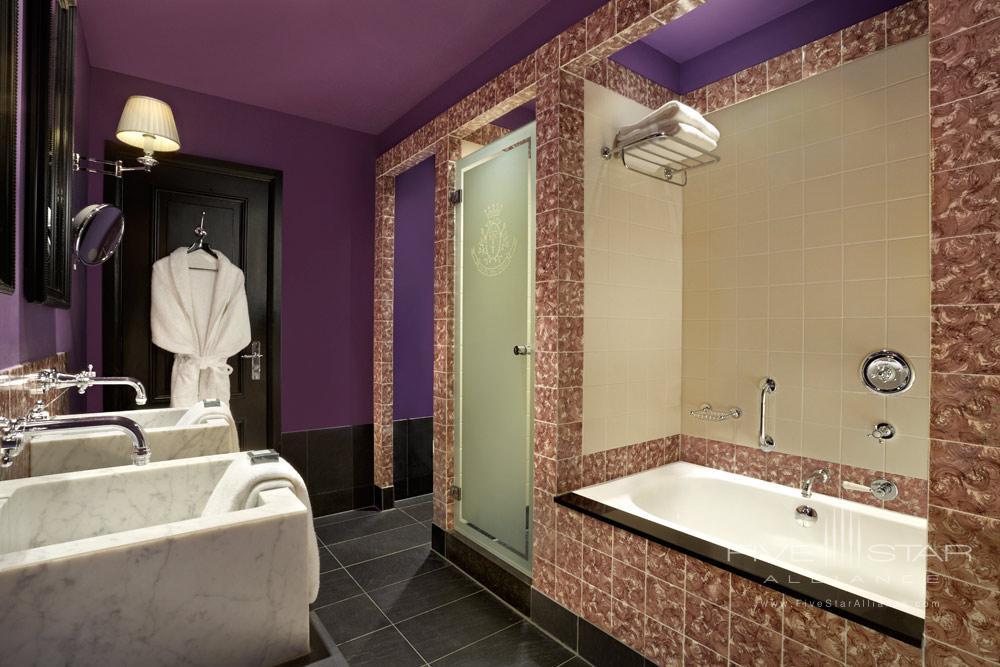 Guest Bath at Hotel Des IndesThe HagueNetherlands