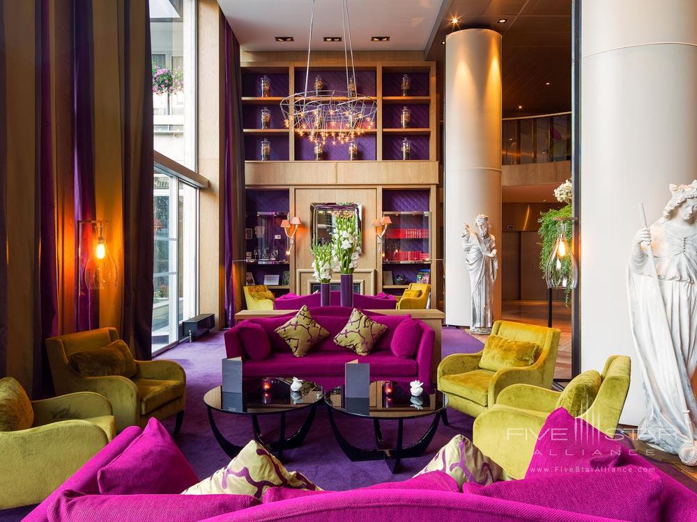 Lounge at Strasbourg Grande IleFrance