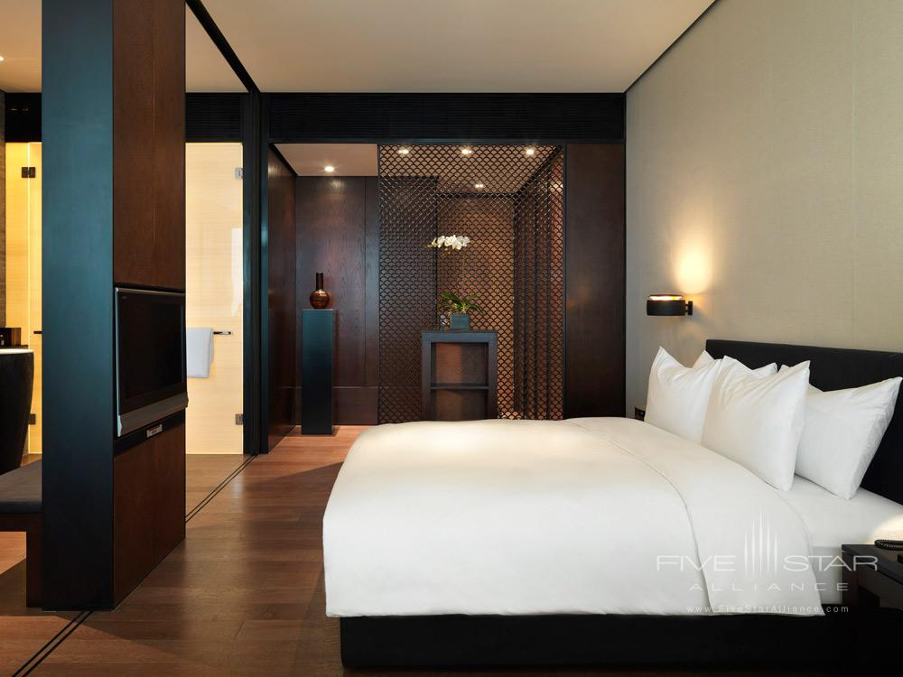 Deluxe King Guest Room at The PuLi Hotel and Spa, Shanghai, China