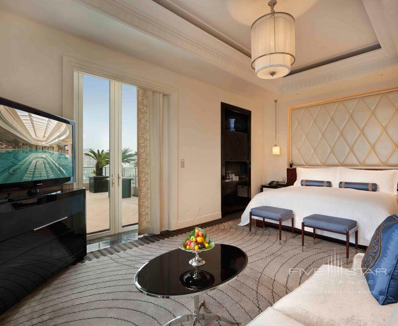 Astor Suite Bedroom