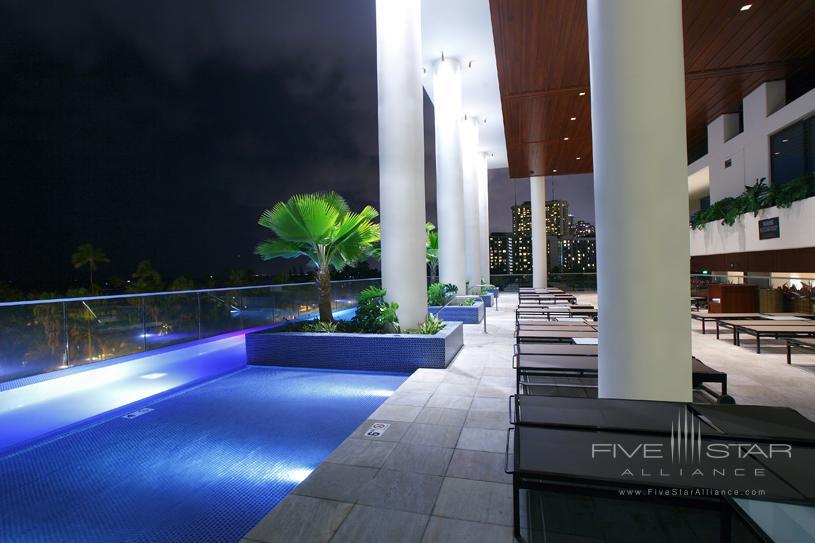 Trump International Hotel and Tower Waikiki Beach Walk Pool