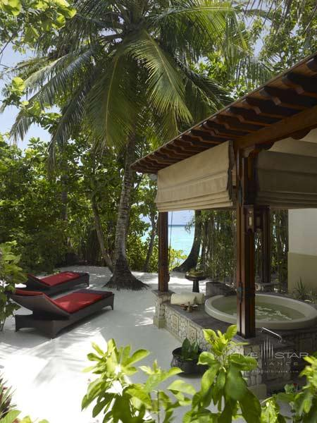 Shangri-Las Villingili Resort and Spa Maldives