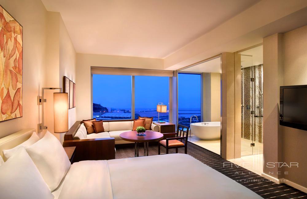 Deluxe Grand King Room at Grand Hyatt Macau