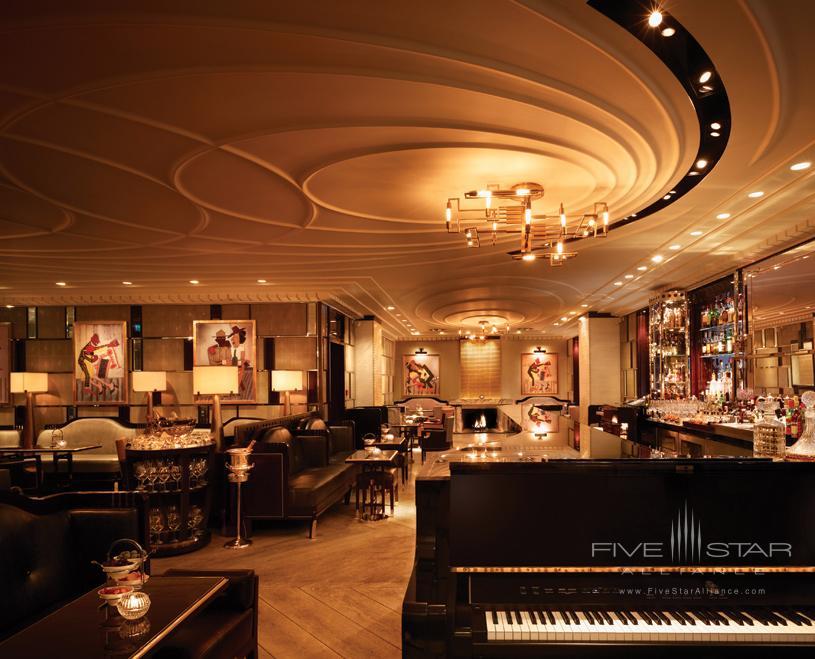 Bar at Corinthia Hotel London