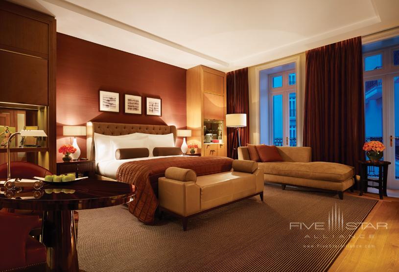Deluxe Junior Suite at Corinthia Hotel London